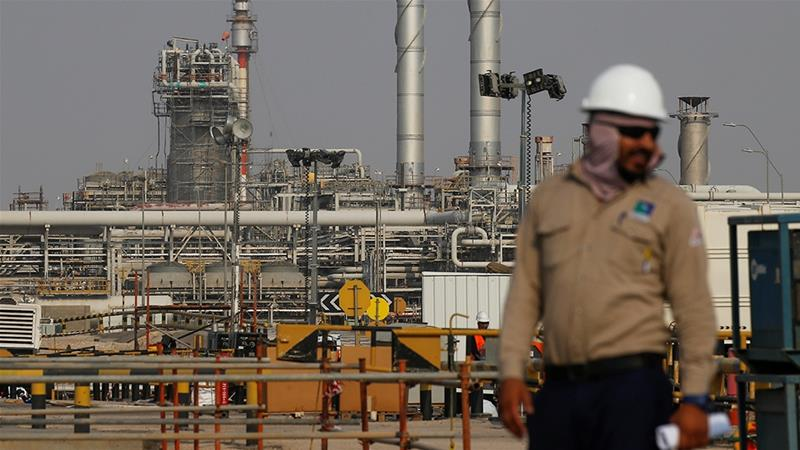 OPEC and its allies may have lost precious time to prevent an oil price decline, a source familiar with Saudi oil thinking tells Reuters, upping the ante on Moscow and other producers to support a proposed cut [File: Maxim Shemetov/Reuters]