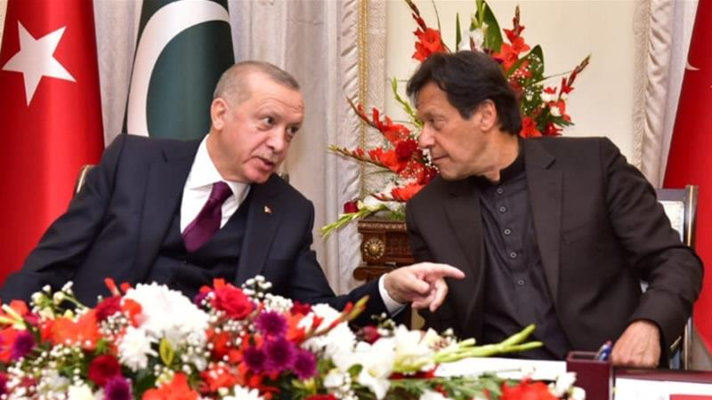 Erdogan offers all-out support to Pakistan on Kashmir, FATF