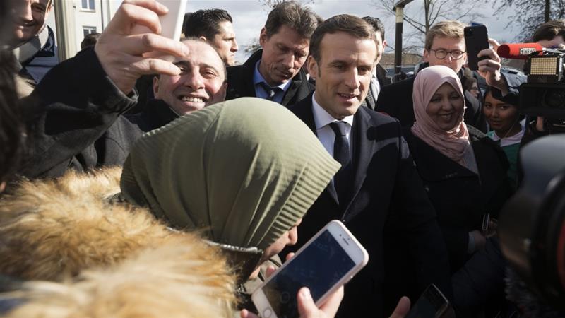 Sebastien Bozon/Pool/AFP]