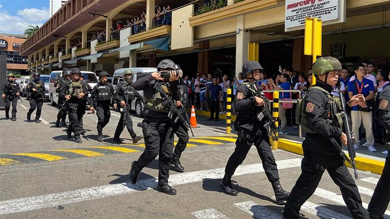 Former employer holds dozens hostage in Philippines mall