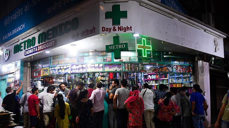 Everything but essential services like supermarkets were shuttered [Indranil Mukherjee/AFP]