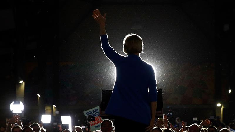 Former Democratic presidential candidate Elizabeth Warren speaks during a primary election night rally in Detroit, Michigan [File: Patrick Semansky/AP Photo]