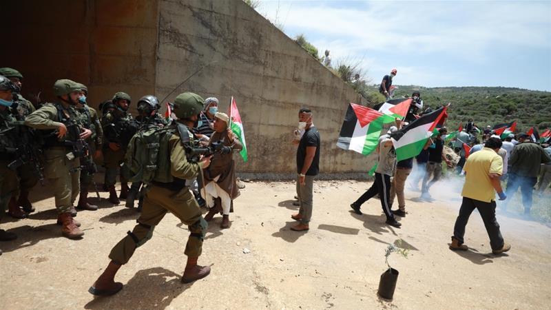 Despite virus, Pompeo in Israel to talk West Bank annexation