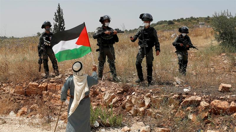 Palestinians want the West Bank, Gaza and East Jerusalem - territory Israel captured in the 1967 war - for an envisaged future independent state [Mohamad Torokman/Reuters]