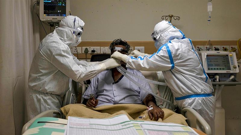 India running out of hospital beds amid record coronavirus cases |  Coronavirus pandemic News | Al Jazeera