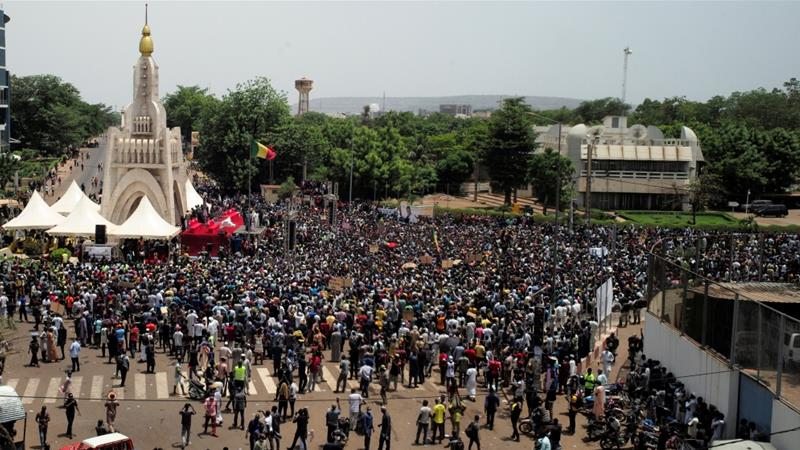 Mali President Dissolves Constitutional Court in Attempt to Calm Civil Unrest