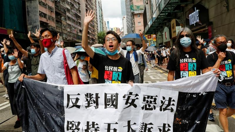United Kingdom makes citizenship offer to Hong Kong residents