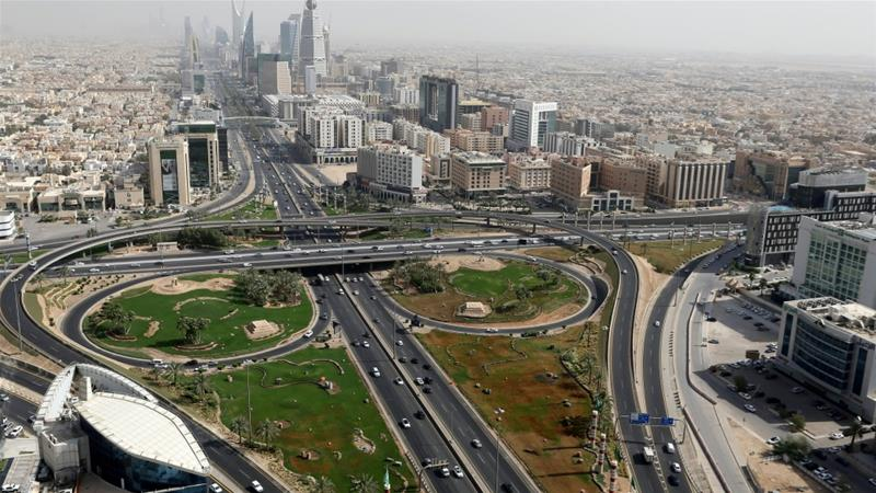S&P estimates GCC central government deficits reaching $490bn cumulatively between 2020 and 2023, with 55 percent of that amount related to Saudi Arabia, the Gulf's largest economy [File: Ahmed Yosri/Reuters]
