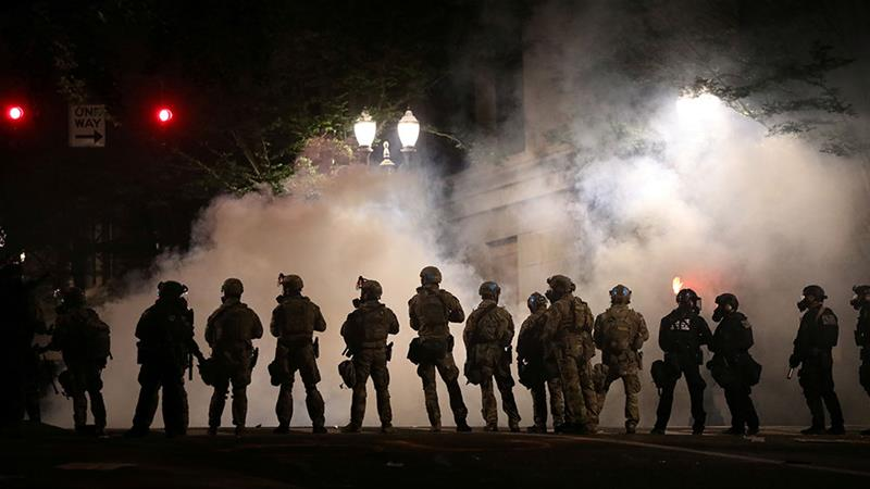 Why are US federal troops confronting anti-racism protesters?