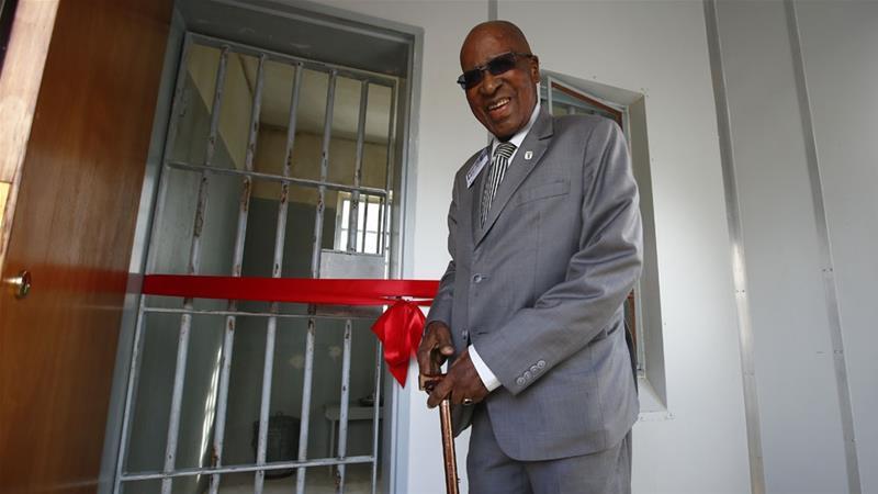 DA pays tribute to Andrew Mlangeni