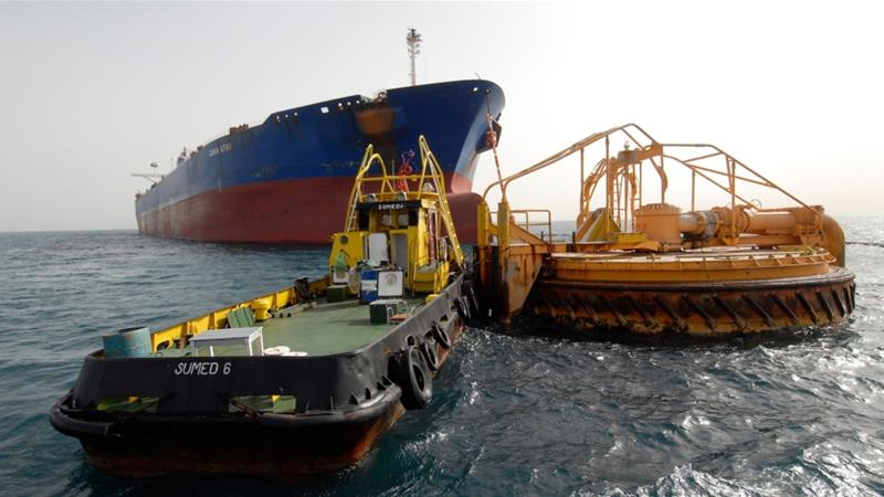Acting as an artery in the global oil trade, the Sumed transports Middle Eastern oil to the North African coast, allowing giant supertankers - that would otherwise sit too deep in the water - to continue to use the Suez Canal [File: Bloomberg]