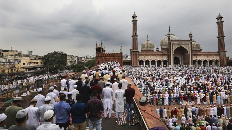 Egypt's Sisi greets Egyptians, Arabs on Eid Al-Adha - Politics - Egypt