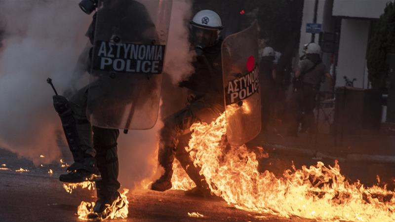 Violence at demonstrations against new protest law in Greece ...