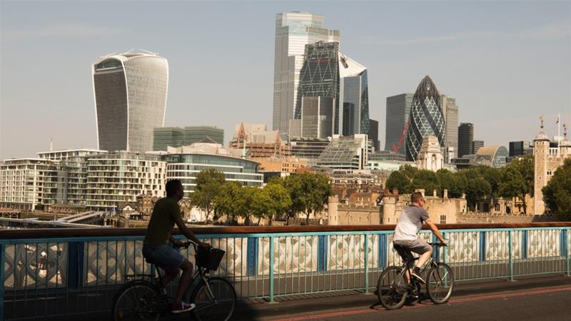 United Kingdom  economy slips into recession