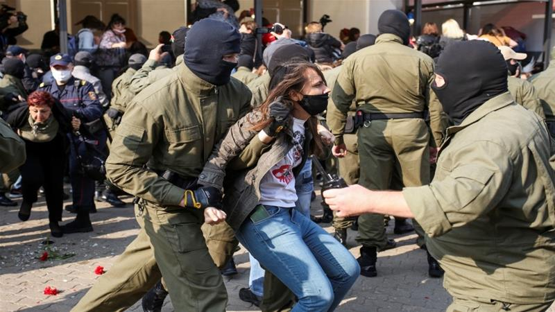 The Viasna rights group said 30 protesters had been detained [Tut.By via Reuters]
