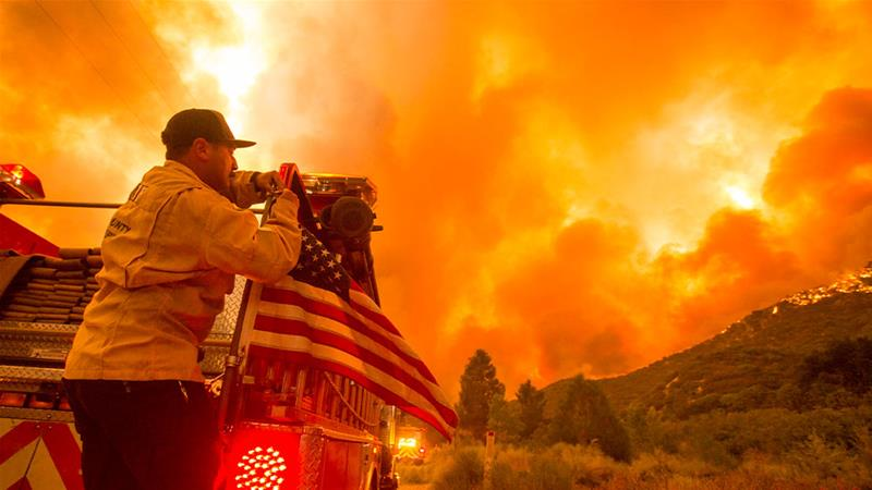 US California sees 7860 wildfires, 3.4M acres burned this year