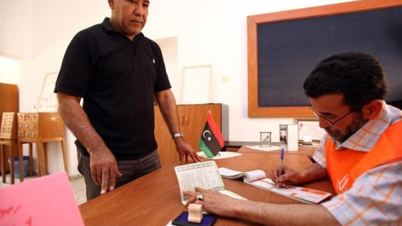 Libya's missteps threaten descent into federalism