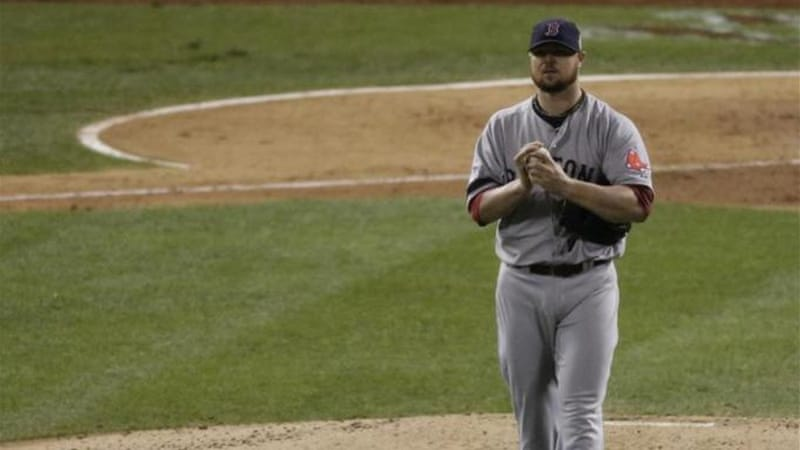 Boston Red Sox pitcher Jon Lester remained cool in a pitchers duel that lasted under three hours [AP]