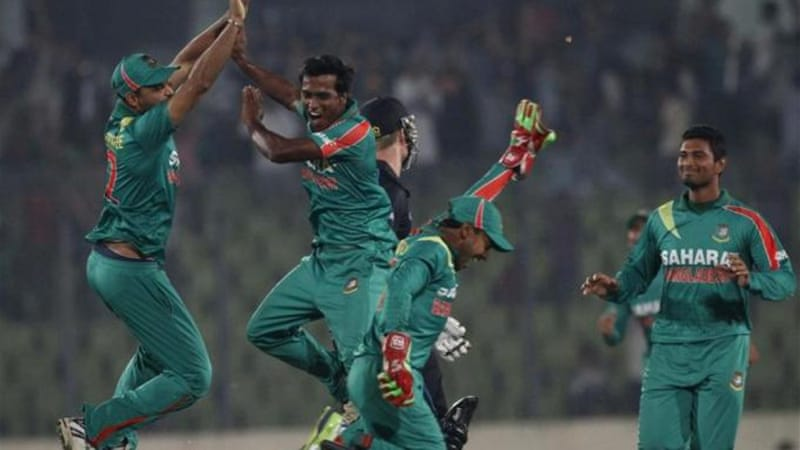 Howz that? Bangladesh's Rubel Hossain (2nd L) celebrates with teammates as he joins the hat trick club [Reuters]