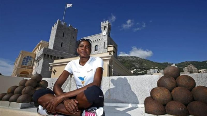 Three-time Olympic champion Marie-Jose Perec is running the New York marathon for people of Haiti [Reuters]