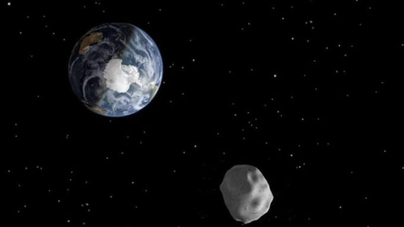 Asteroid 2012 DA14 will pass through the Earth-moon system on February 15 closely, but safely [NASA/JPL-Caltech]