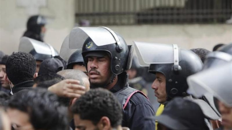 Egypt police reform moves at snail's pace