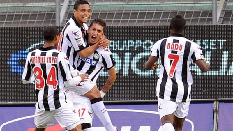Roberto Pereyra (C) strike pushes Udinese up to fifth in the table [GETTY]