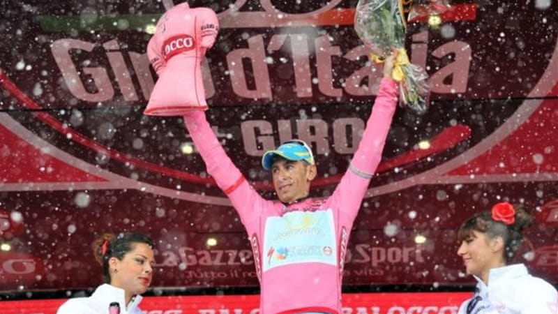 Nibali overcame blizzard conditions to put himself over four minutes ahead heading into final day of Giro [AP]