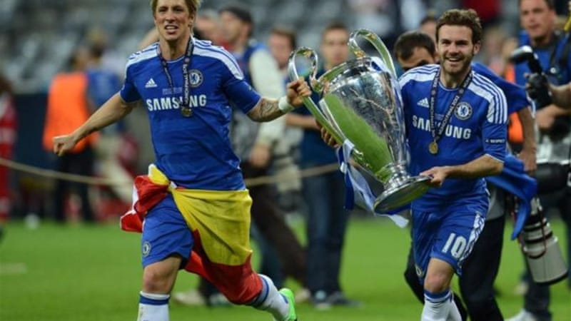 Torres (L) and Mata have plenty of silverware but are out of favour at the moment with club and country [AFP]