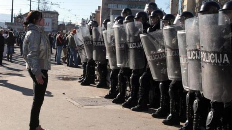 Police have suffered from the same socio-economic ills that young people and workers have been protesting against in Bosnia and Herzegovina [EPA]