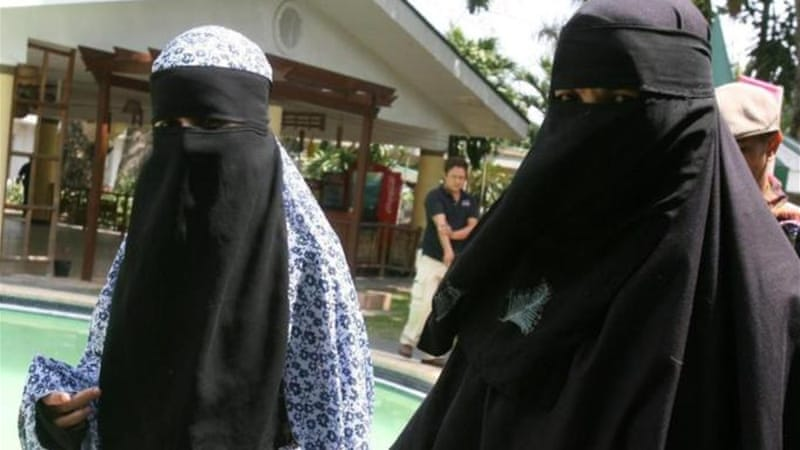 The sisters were seized by the Abu Sayyaf group on June 22 while working on a film [EPA]