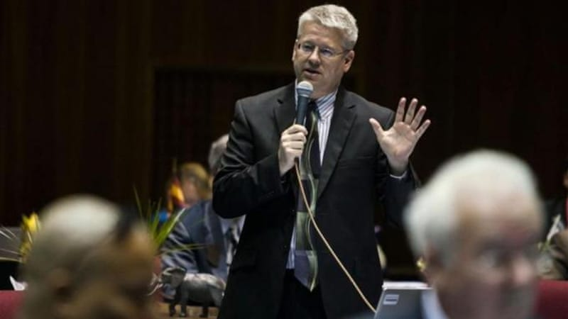Republican Eddie Farnsworth speaks in support of a bill allowing people to refuse service to gays [AP]