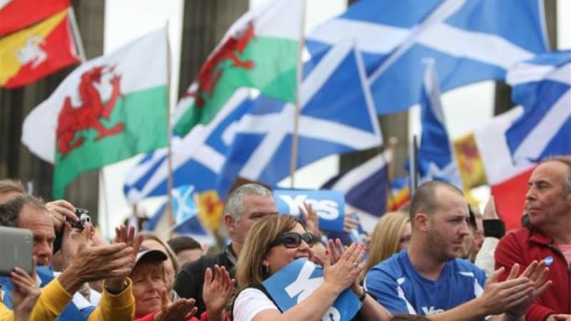 The debate in Scotland threatens to shake the English out of their torpor in matters constitutional, writes Hind [Getty Images]