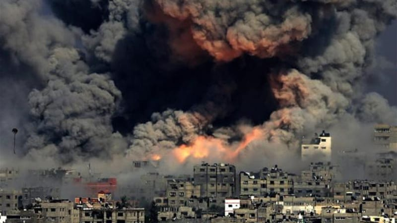 More than 1300 Palestinians have been killed in the Israeli offensive on Gaza [EPA]