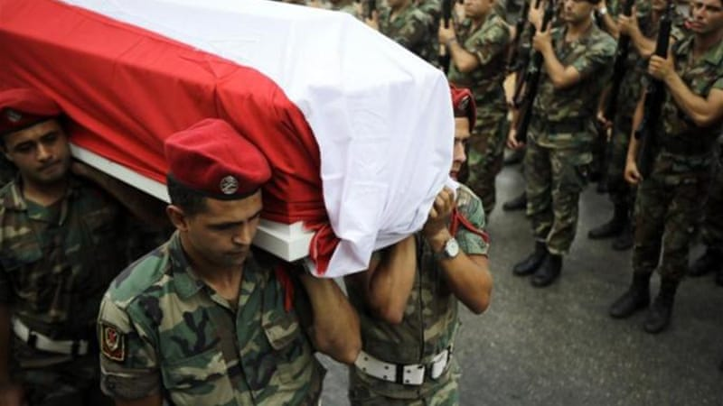 The clashes between the Lebanese army and the fighters have left at least 17 soldiers dead [AFP]