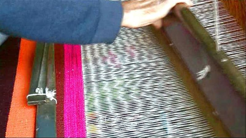 Gaza's weavers: Sales slowing for handmade carpets
