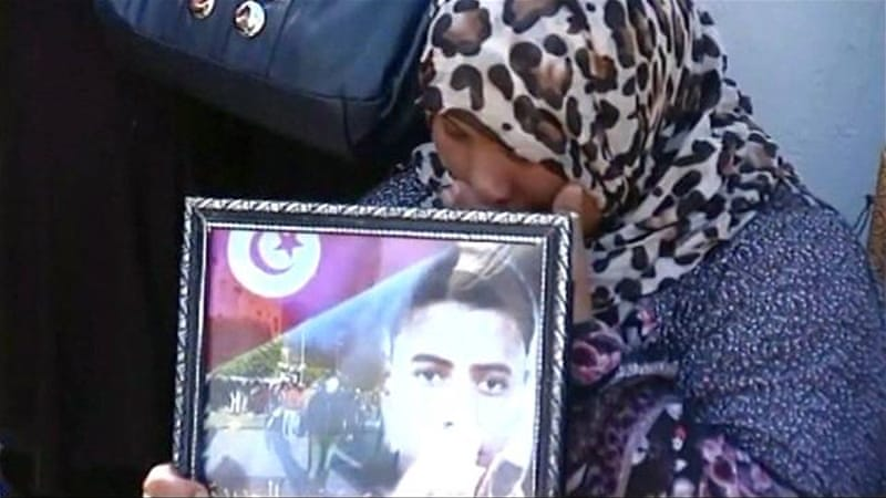 Tunisia's revolution: Relatives of victims demand justice