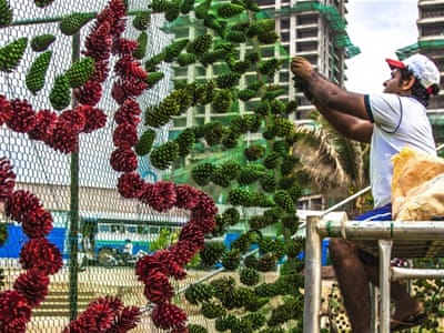 World's tallest Christmas tree unites Sri Lanka