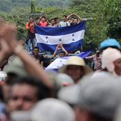 'No alternatives': Thousands flee Honduras in US-bound caravan