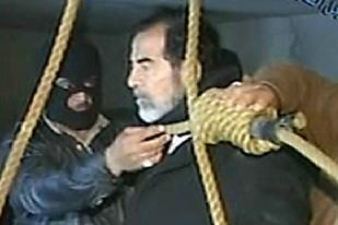 Saddam Hussein jelang eksekusi gantung.