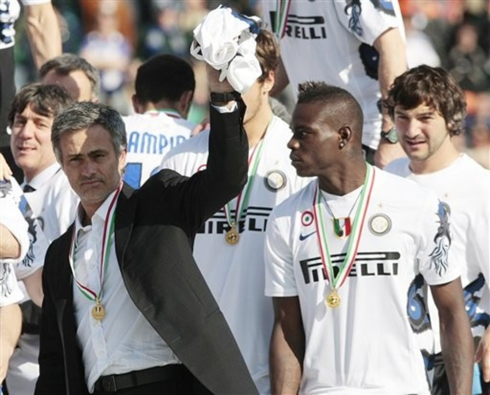 Former Inter Milan coach Jose Mourinho and Mario Balotelli never saw eye to eye. Here they celebrate the 2010 Serie A title but times were tough. After one match, Mourinho said Balotelli (***)came close to a zero rating(***). Balotelli was also seen sporting an A.C. Milan jersey.