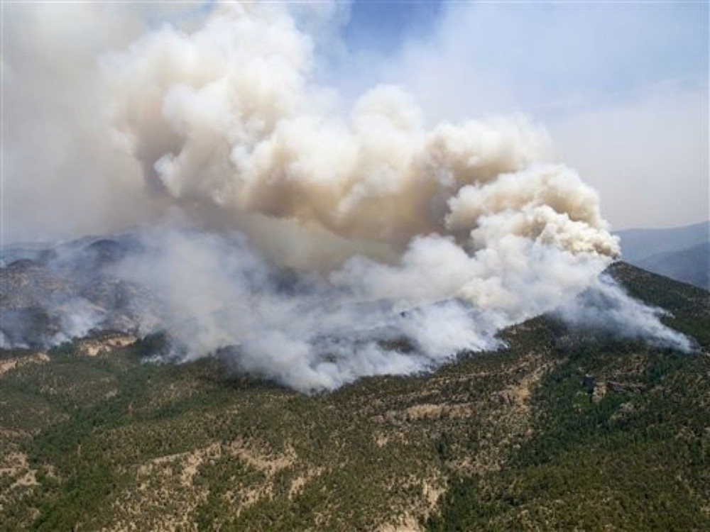 What was started by a single bolt of lightning on 16 May has become the largest wildfire in New Mexico\(***)s history.