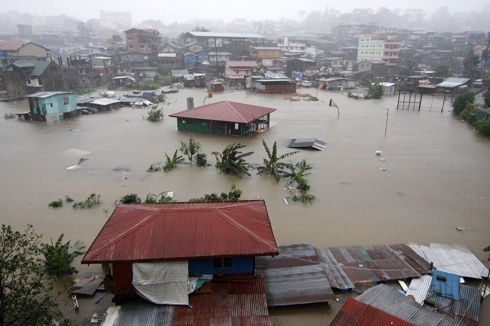 Tropical Storm Kai-Tak slammed the northern Philippines on 15 August, triggering yet more flooding.