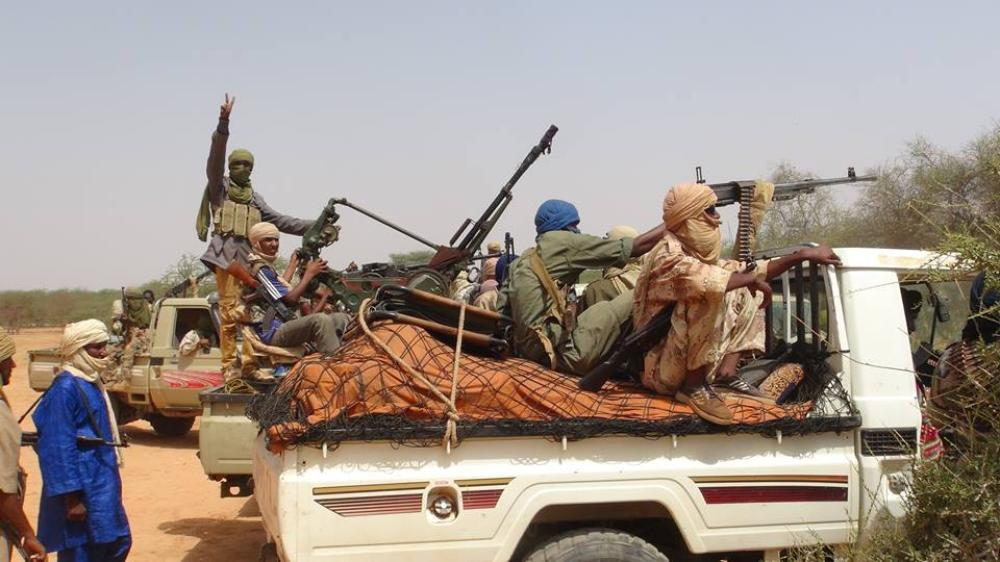 <p>In early 2012 the Azawad rebels, both Tuareg and Arab, were able for the first time since the creation of modern Mali in 1960 to completely expel the Malian army from the north. They declared an independent state of Azawad, but with no support or recognition from any outside power.</p>