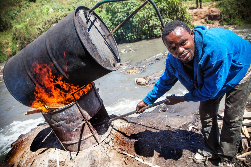 Changaa is often brewed in rivers contaminated with sewage. In Mathare 
