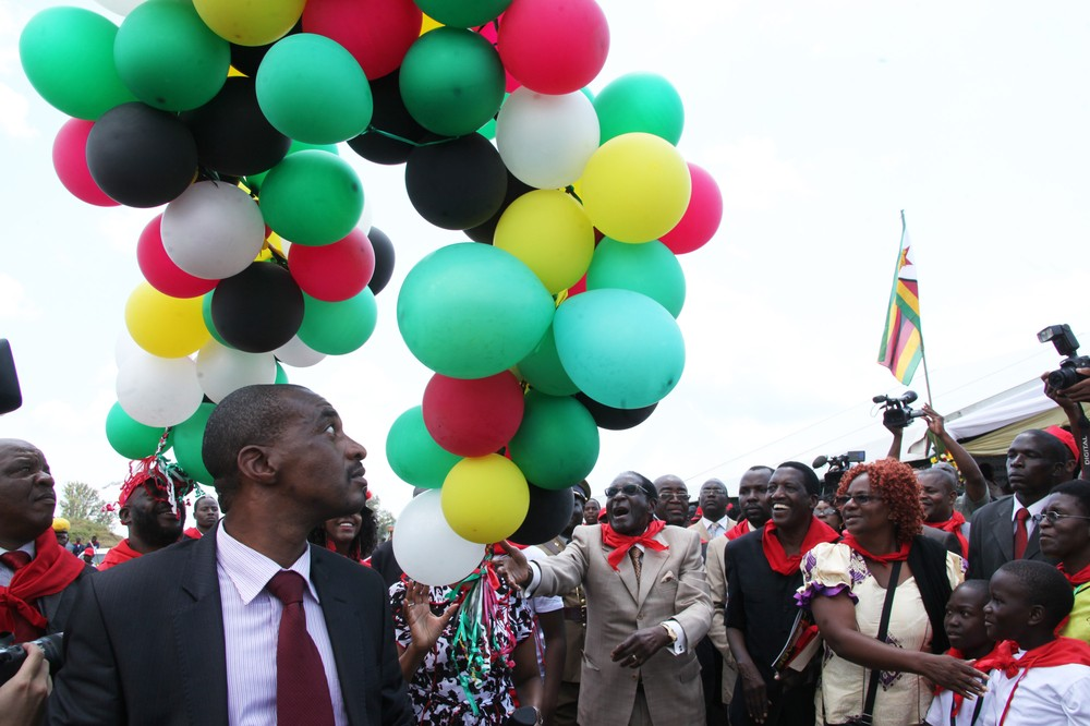 Zimbabwe\(***)s president, Robert Mugabe,  released balloons into the air  during  celebrations to mark his 89th birthday.