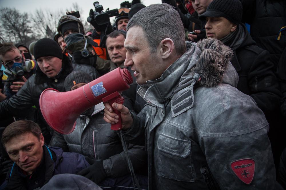 in pictures  kiev violence