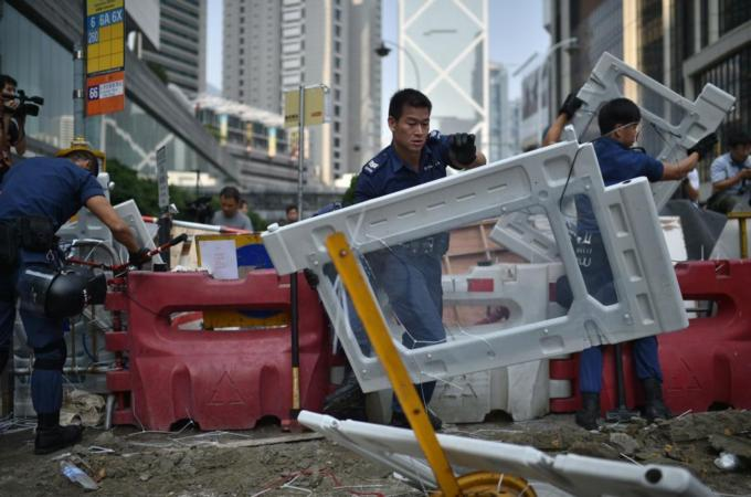 Hong Kong police clear protest sites