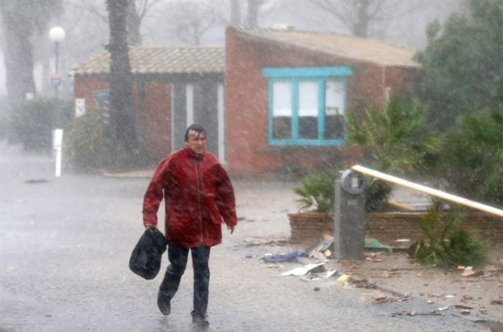 The torrential rain has been battering the western Mediterranean for may days now. Saturday into Sunday morning saw another 125mm of rain in Perpignan, southern France.