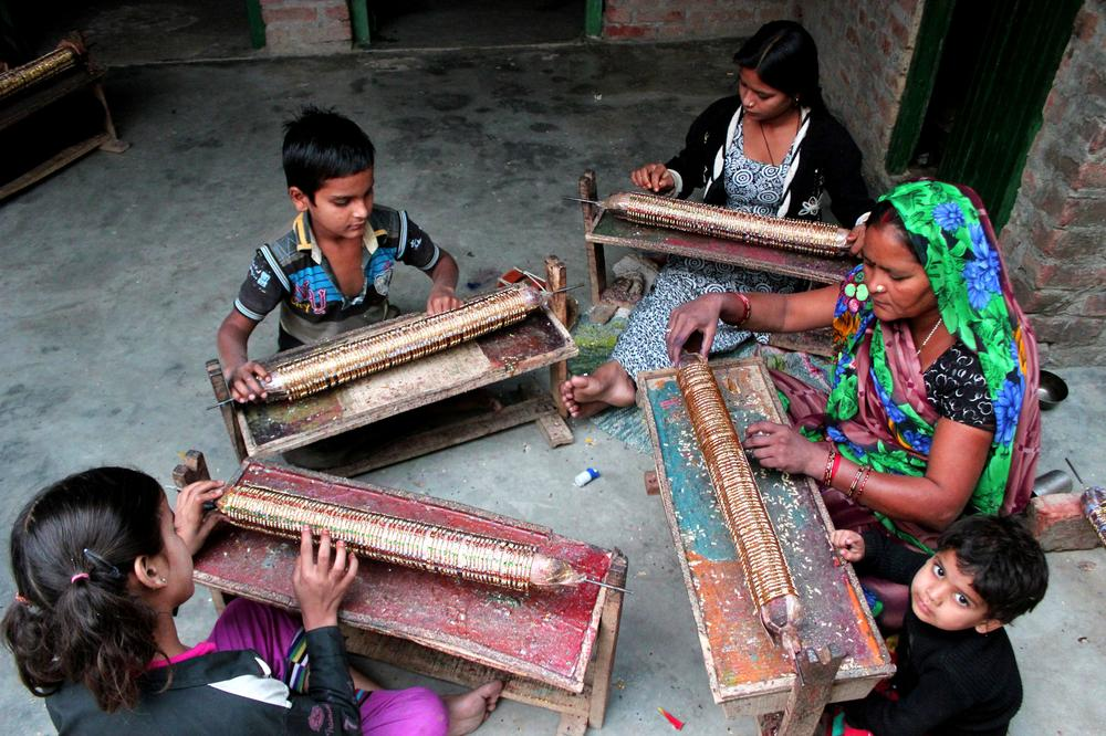 Indian town where glass-making is a household craft | | Al ...